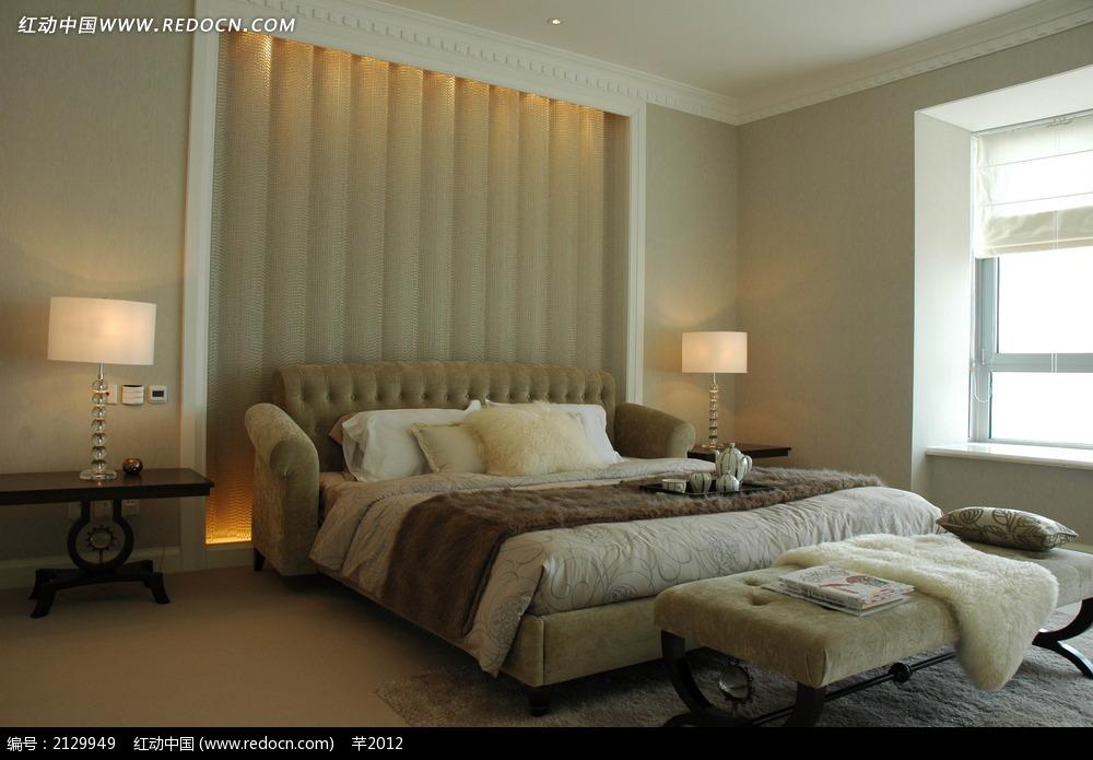 现代卧室背景墙设计图