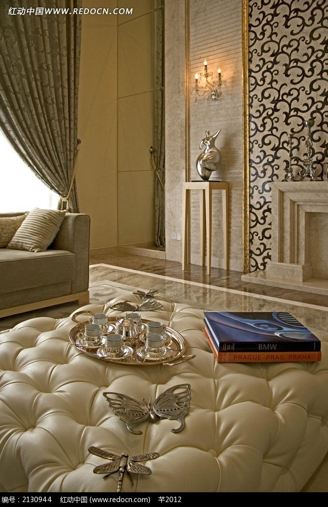 欧式客厅沙发茶具陈设图图片