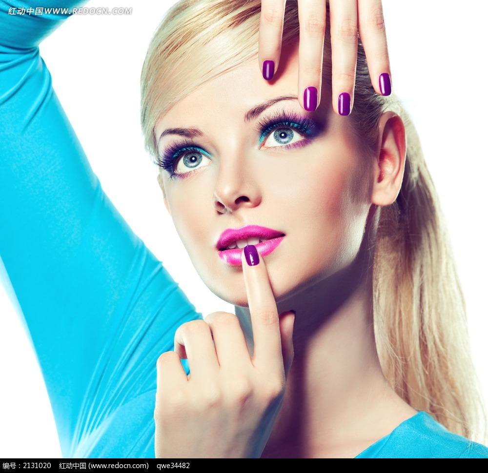 人物 美女 外国 国外 女性 女人 模特 美妆 妆容 美甲 指甲 唇彩 唇蜜
