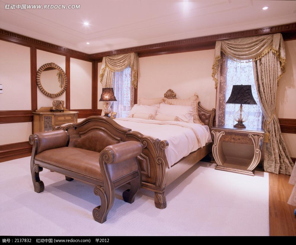 欧式卧室家居装饰效果图