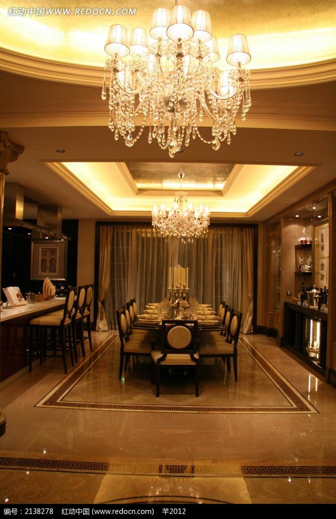 奢华欧式吊顶餐厅装饰效果图