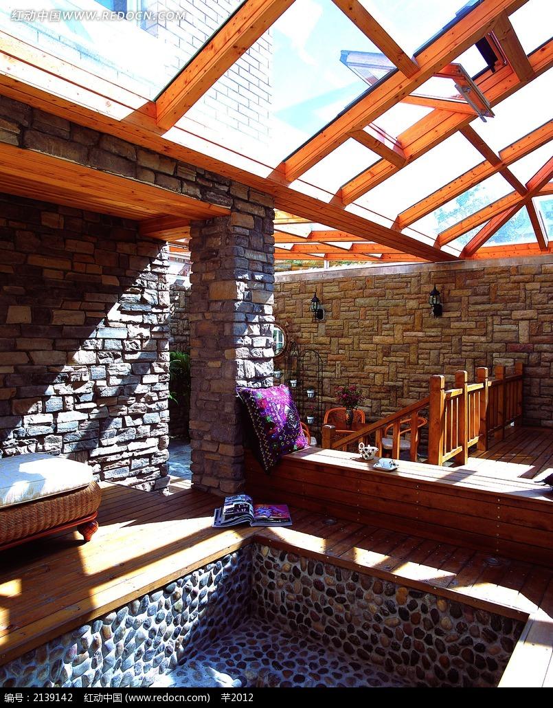 别墅阳台屋顶设计图_室内设计图片