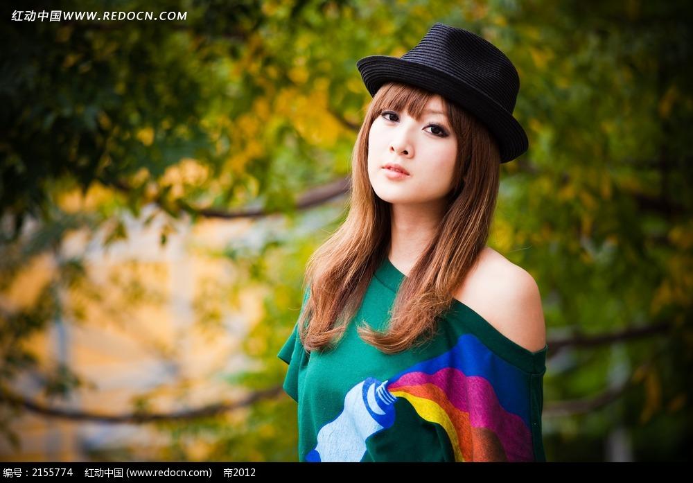 戴帽子的美女写真摄影图片 女性女人图片