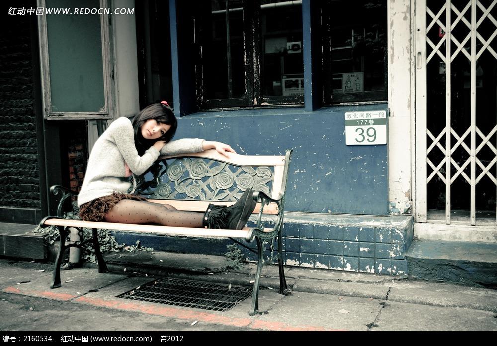 街拍美女唯美图片 女性女人图片