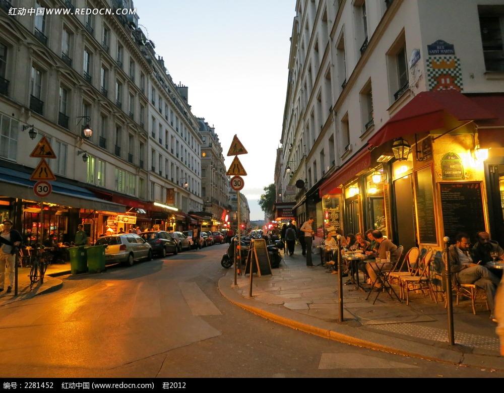 傍晚街头风景图片