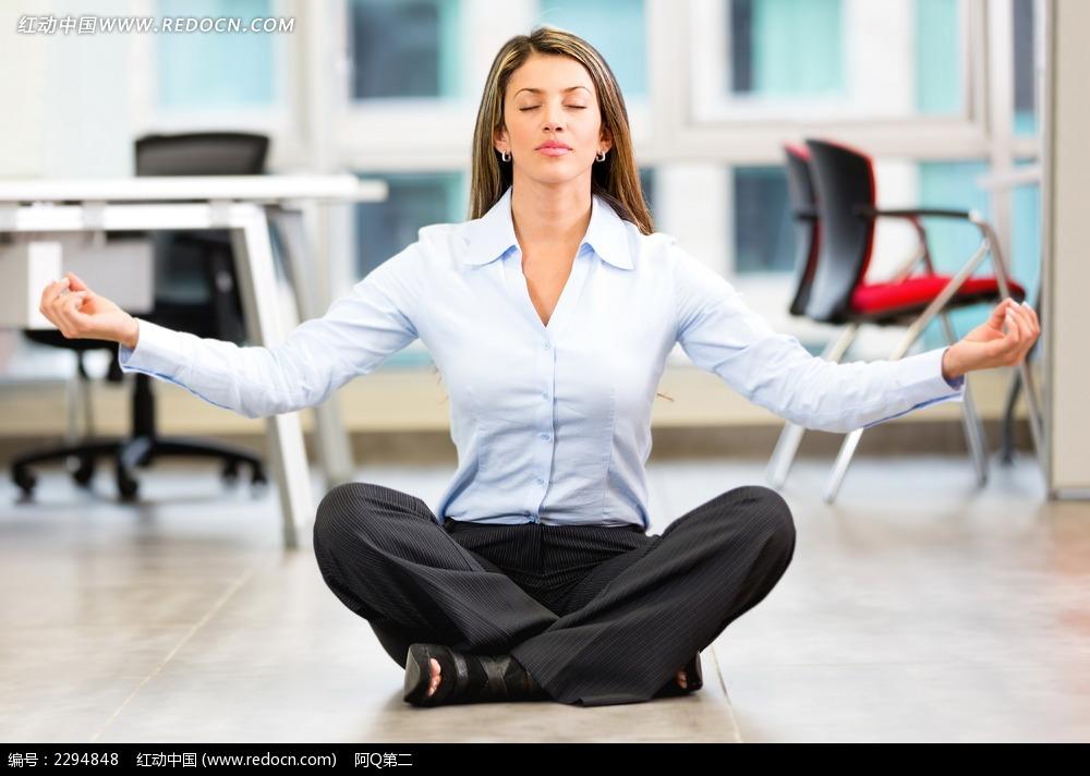 职场瑜伽美女图片 女性女人图片