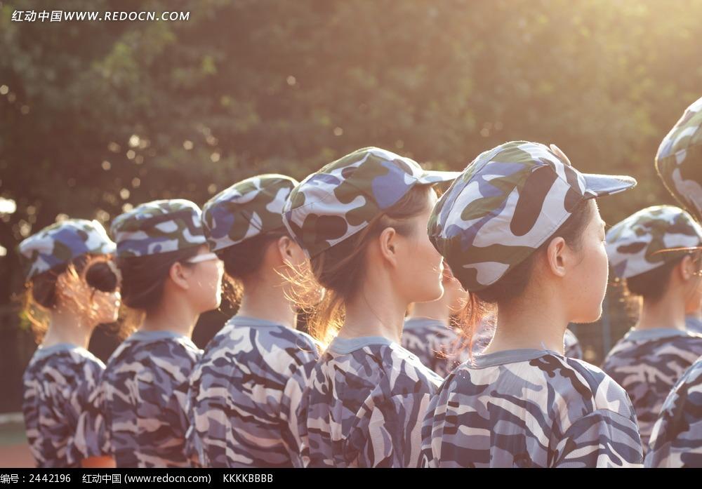 军训女生图片 日常生活图片