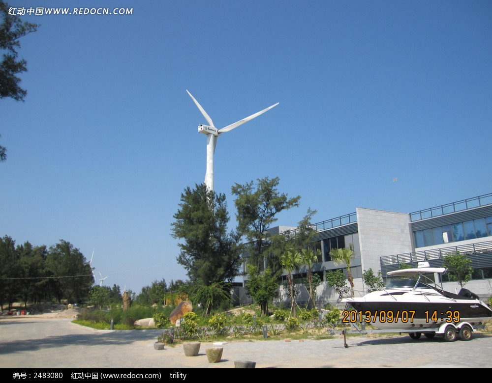 工厂的风能发电风车