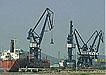 码头船运装卸货物