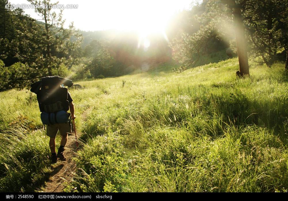 免费素材 图片素材 自然风光 自然风景 乡村草地人物背景  请您分享