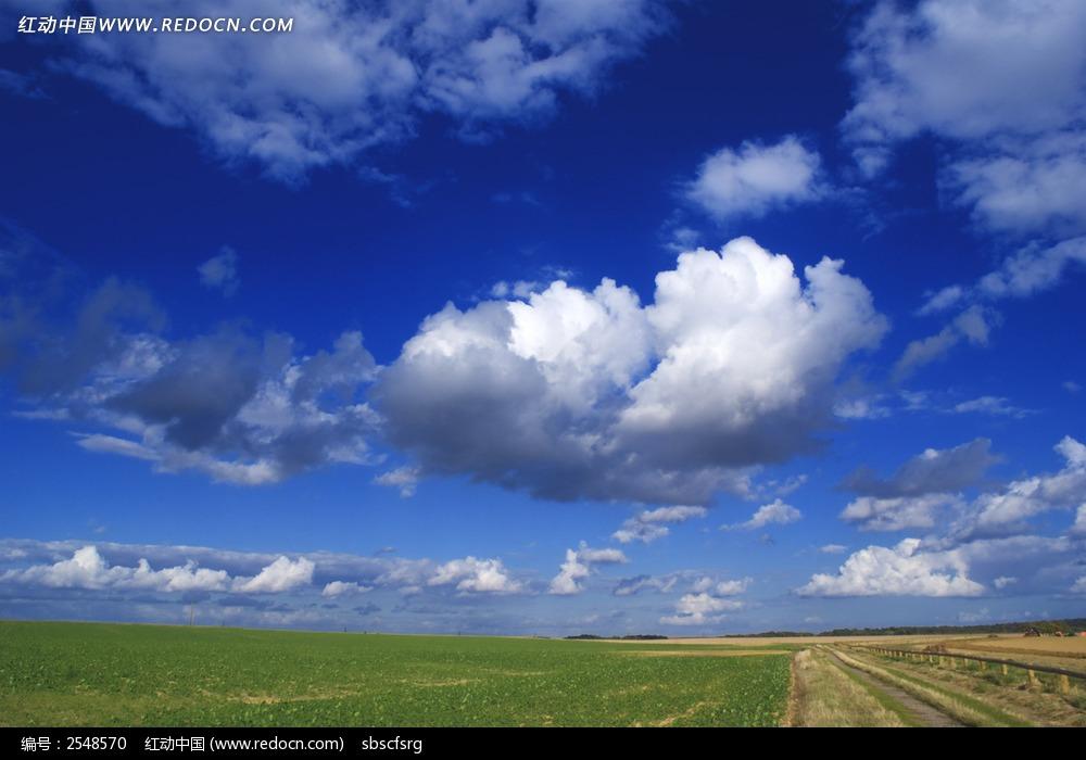 天空乡村田园背景图片