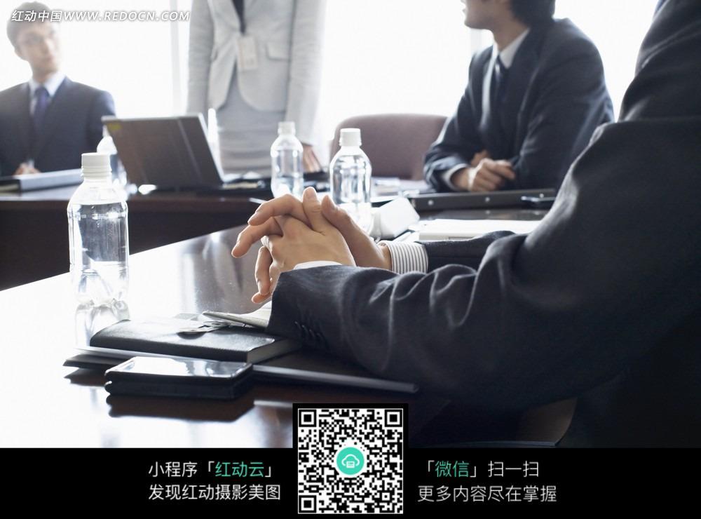 您当前访问素材主题是商务办公室会议情景,编号是3147963,文件格式jpg图片