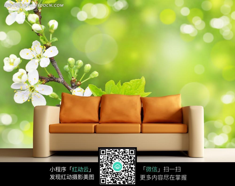 桃花清新客厅背景墙