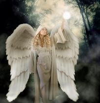 手捧魔球的天使