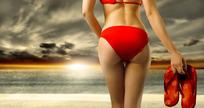 沙滩性感比基尼美女图片