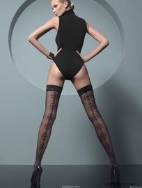 黑色丝袜长腿美女