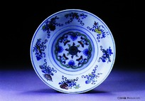 中国瓷器文物-花朵图案青花瓷碗