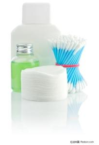 化妆品瓶子棉签湿巾