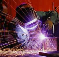 焊工电焊作业图片图片