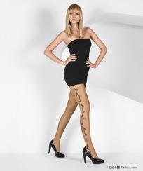 穿黑色性感短裙的丝袜美女
