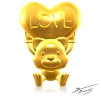 举起桃心的金色卡通小熊