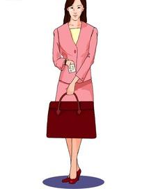 一个拿着红色大包包穿着粉色正装自我介绍的女人