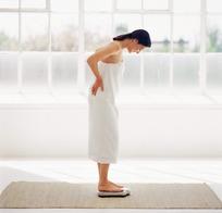 浴巾美女图片 女性女人图片