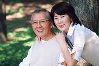 恩爱的老夫妻图片