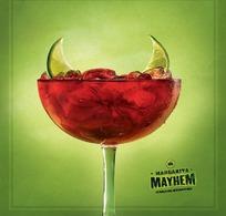 一幅关于饮品的创意广告
