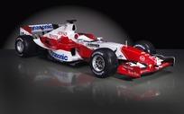 F1赛车前侧面特写图片