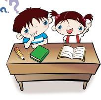 课桌前可爱的两个小朋友