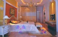 欧式豪华暖色调卧室装饰设计效果图