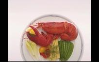 盘子里的大龙虾