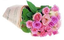 一束用报纸包着的鲜花图片素材图片