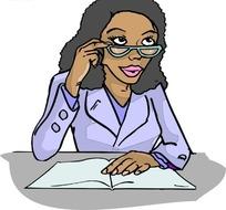 桌前戴眼镜的黑人美女