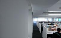 办公室工作环境一角