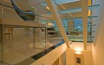 楼梯口背面到客厅窗户方向装修效果