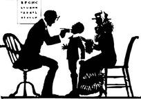 给医生检查牙齿的小朋友与坐在凳子上的母亲