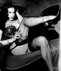 穿丝袜的性感美女蒂塔·万·提斯