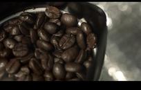 深褐色咖啡豆