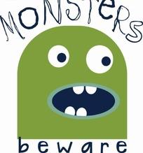长着4颗牙齿的绿色小怪兽