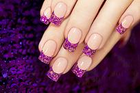 时尚紫色美甲