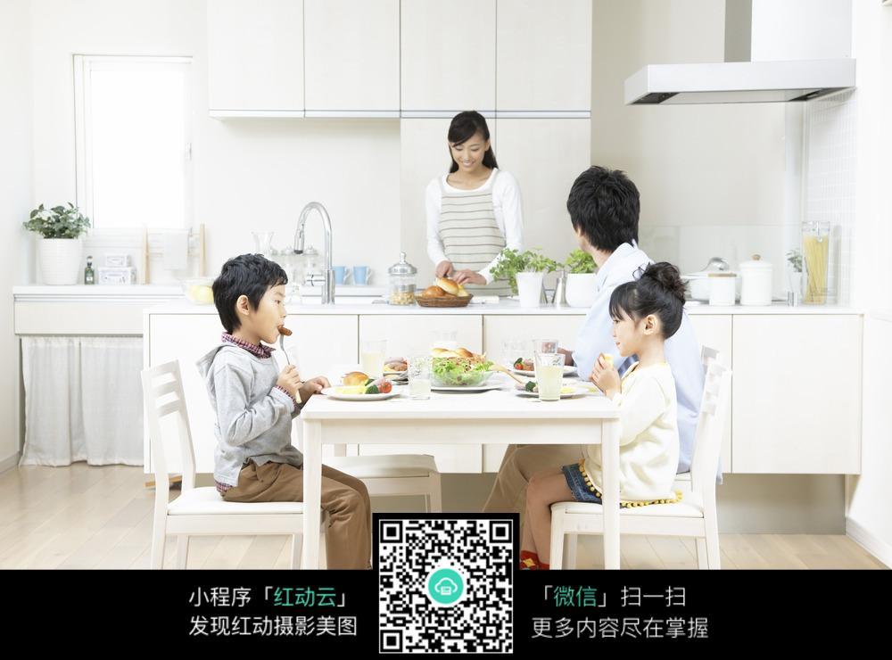 家庭做饭_日常生活图片