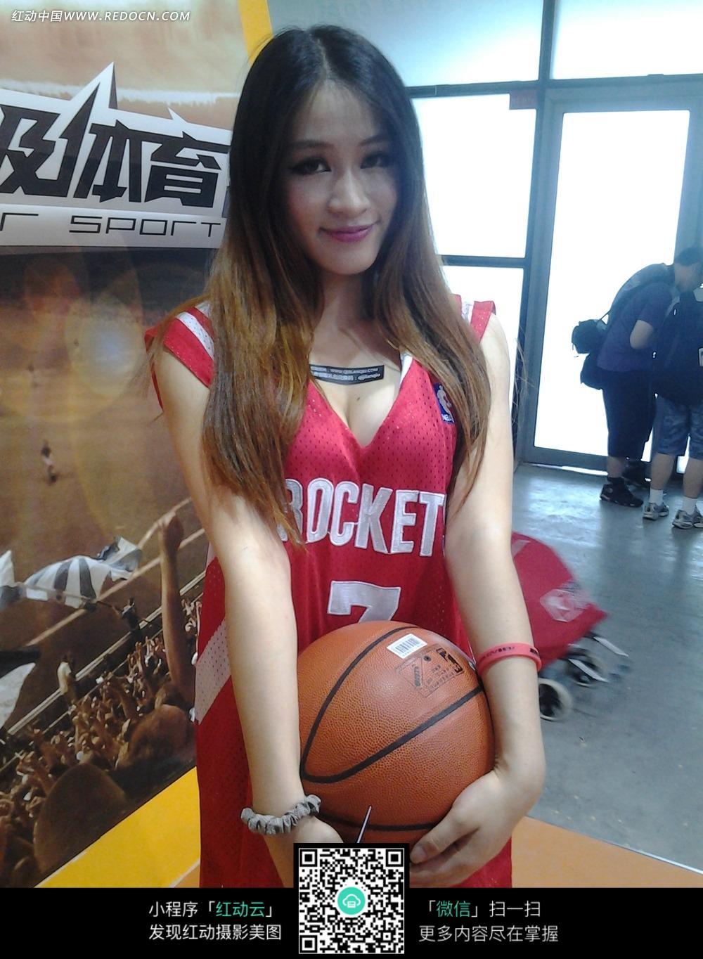 性感的篮球宝贝美女图片