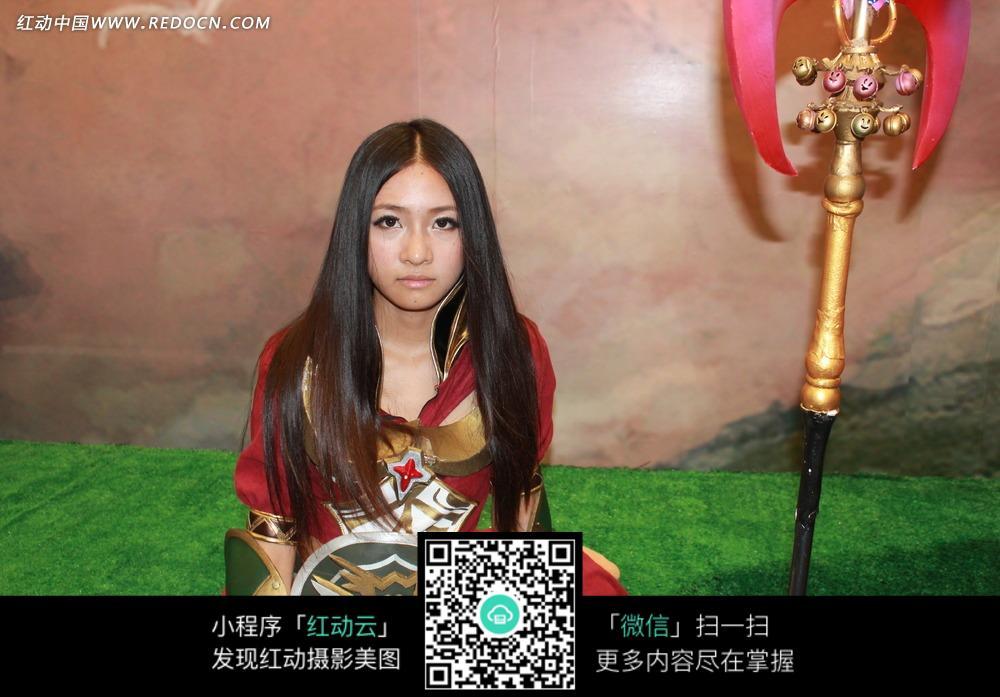 中分美女游戏宣传照片_职业人物图片