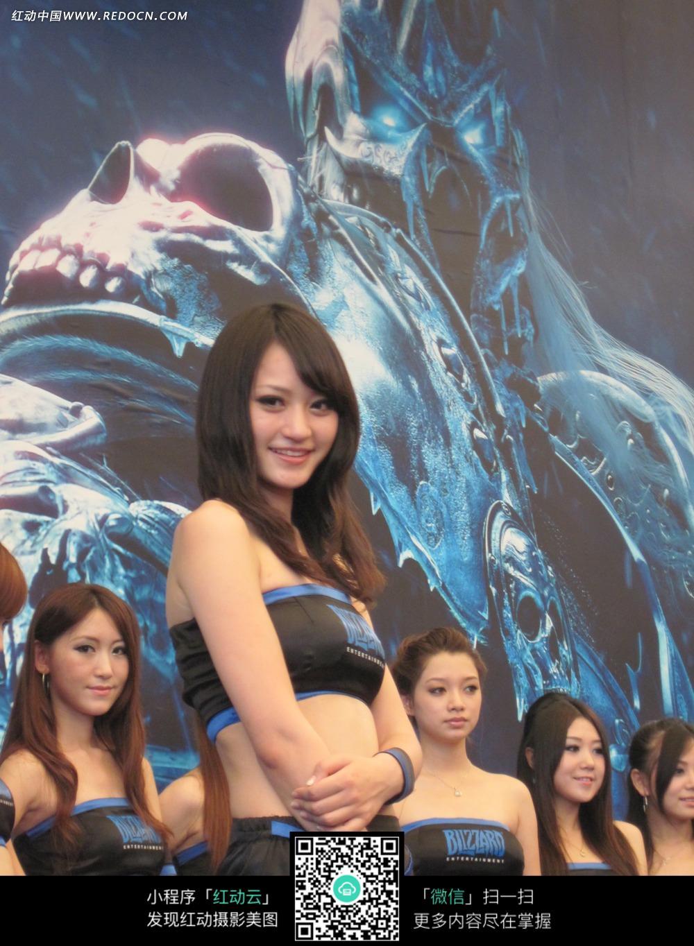 许多美女宣传照片图片