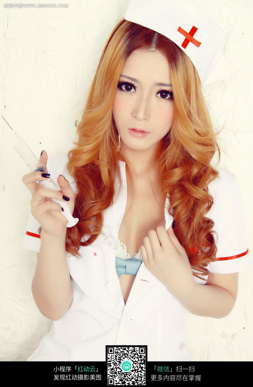 美女护士打针cosplay人物图片