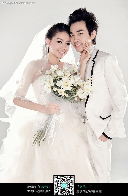 贴着脸的情侣婚纱摄影图片