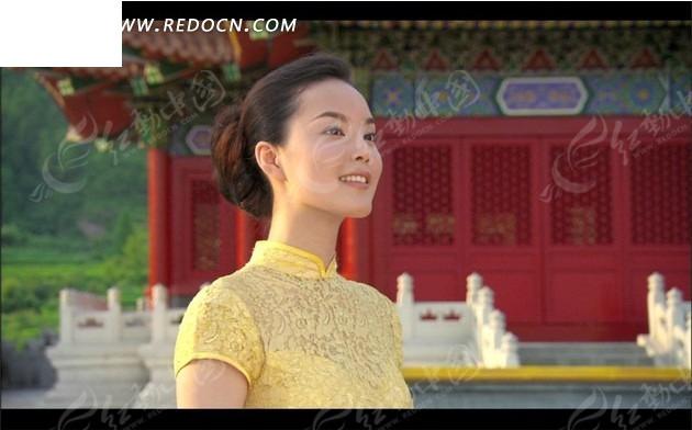 旗袍美女游故宫的视频