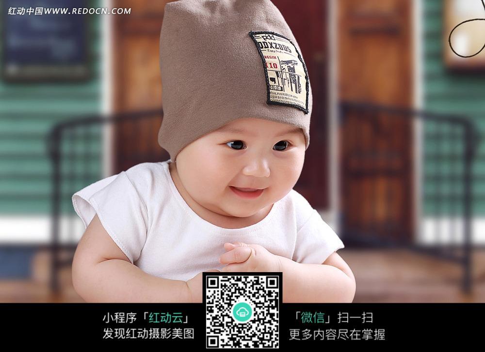 可爱宝宝微笑写真